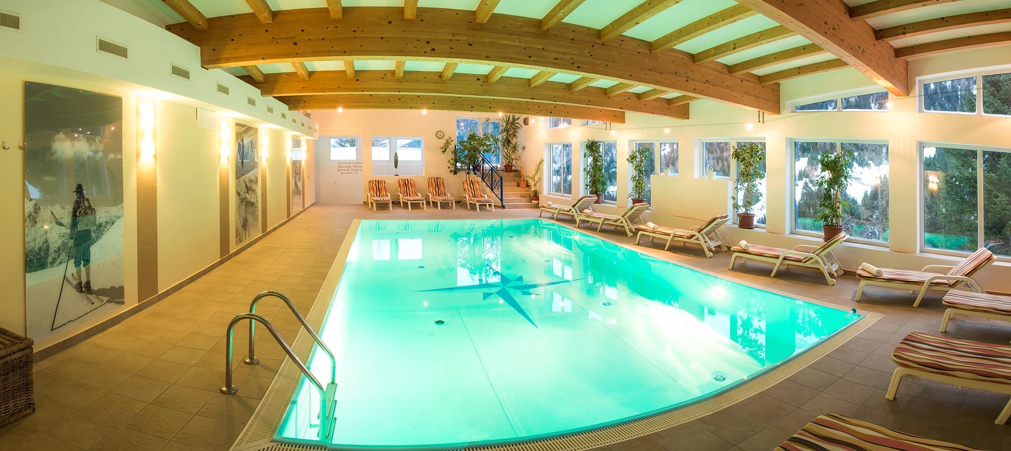 wohnen im hotel karl schranz in st anton am arlberg. Black Bedroom Furniture Sets. Home Design Ideas